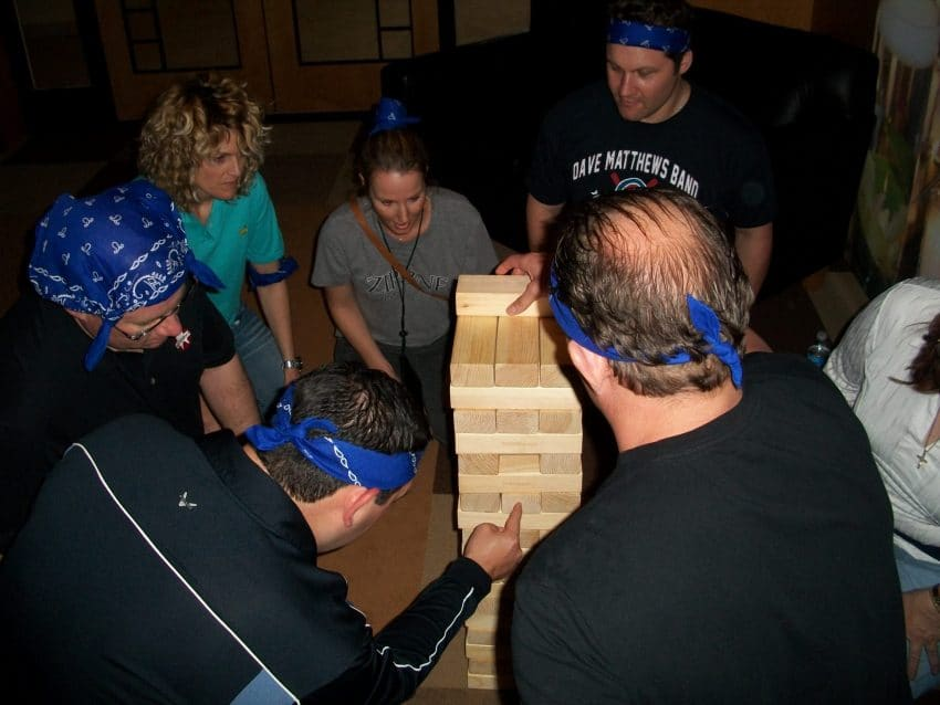 team bonding activities games